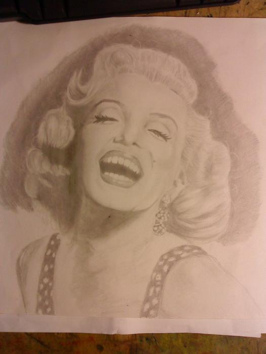 Marilyn Monroe by ebbabruce